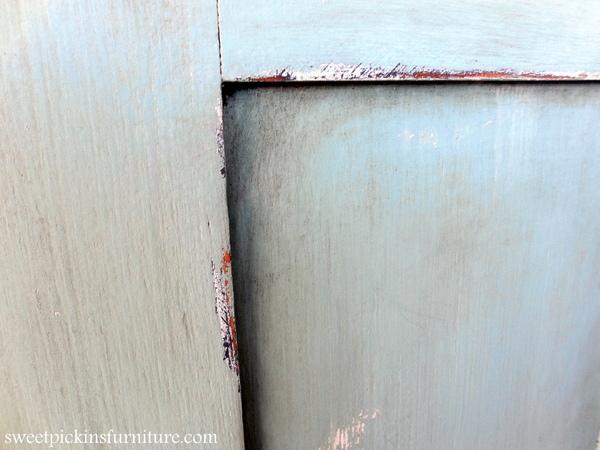 Sweet Pickins Milk Paint - Dark Wax Tutorial
