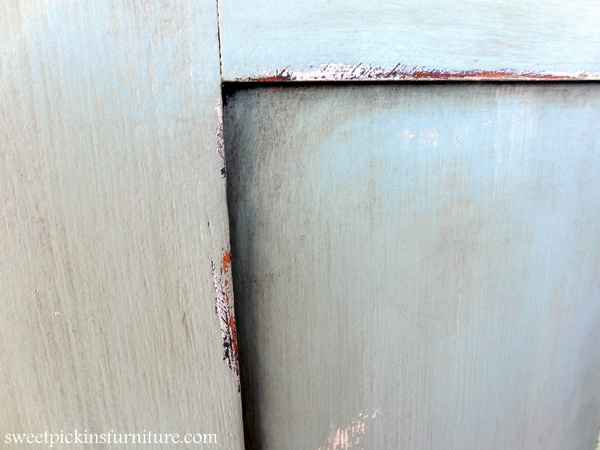 Sweet Pickins Milk Paint - Dark Wax Tutorial