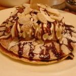 エルカフェ リコ『バナナとチョコレートのパンケーキ』