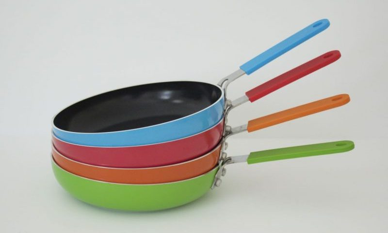 saucepans are usually not something that people get excited about but when I saw all these colours I just couldn't resist.