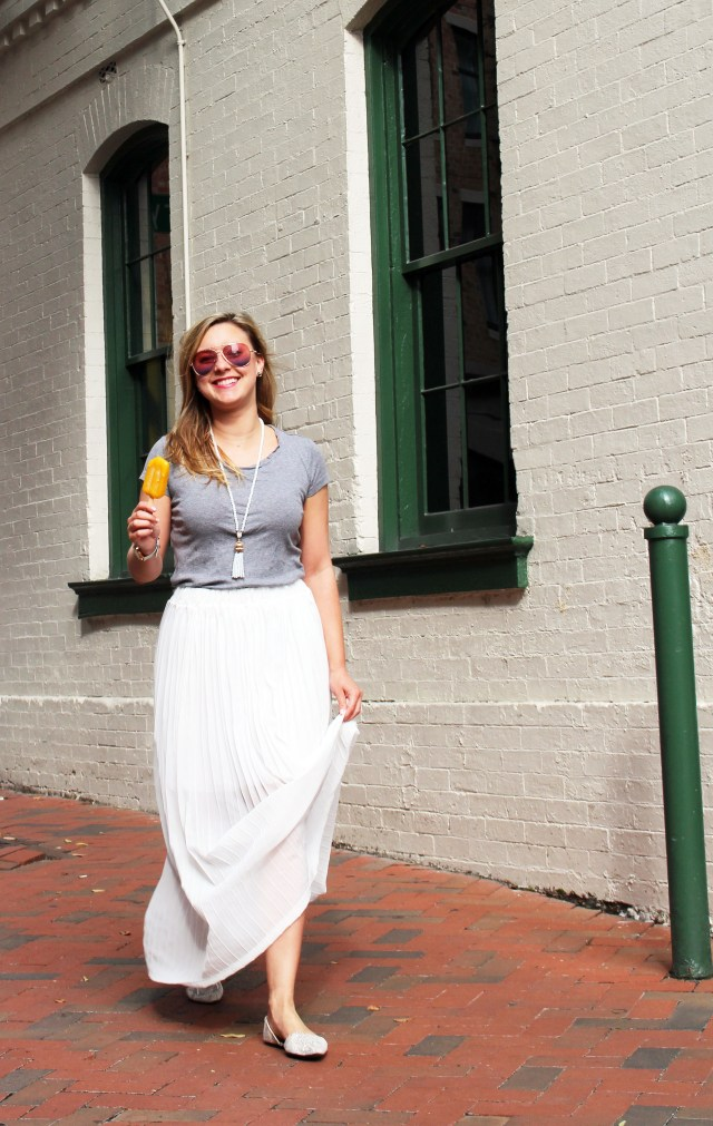 white-maxi-skirt-t-shirt-outfit