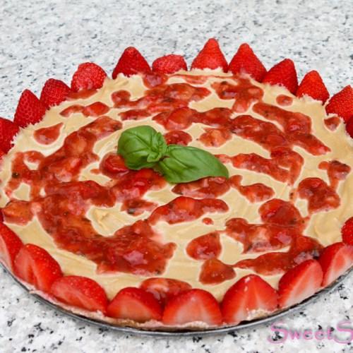 Raw-Cheesecake mit Erdbeeren … (vegan)