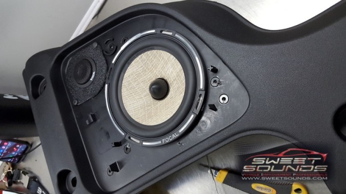 Jeep Wrangler Custom Audio