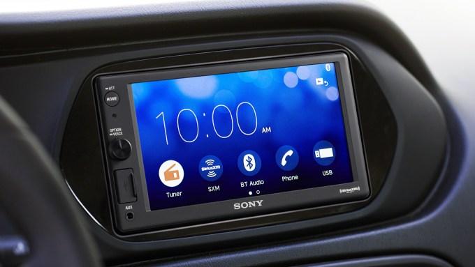 Sony-XAVAX1000