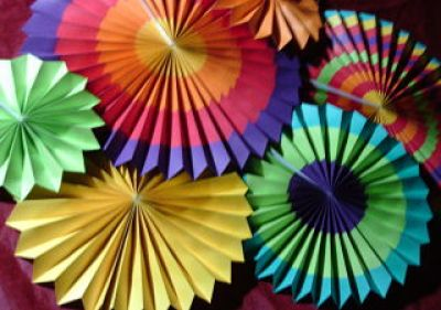 Add Instant Color With These Fiesta Colorful Paper Fans - BRIGHT & COLORFUL Ohuhu Paper Fans