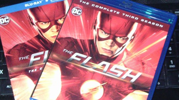 Review of the #1 Series on The CW The Flash on DVD and Blu-ray