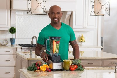 Living Well with Montel™ 1200 Watt Emulsifier Blender Holiday Gift Guide Giveaway! Ends 12/10/17