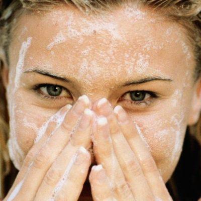 SKINovative Exfoliating Face Scrub Cleanser
