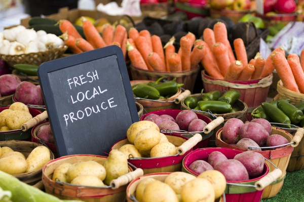 Weight Watchers Get Healthy Freestyle Journey – Week 19 Benefits of Shopping at a Farmer's Market - Farmer's Market Fresh Local Produce
