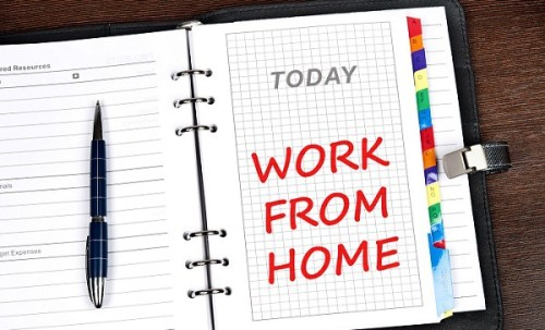 So You Want To Work From Home? The truth is, working from home is more than the freedom to move and travel, and the ability to work in your pajamas. #workfromhome #makemoneyonline #cash #business #blogging #entrepreneur #onlinejob #onlinebusiness #earnmoney #success #freelance #socialmediamanager #virtualassistant #workfromanywhere