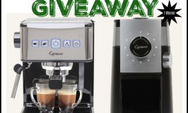 🎄 Enter and you could #WIN a Capresso Ultimate PRO & Grind Select Bundle worth $260 when this #SMGN Holiday Gift 🎁 Guide #Giveaway ends 12/24. @SMGurusNetwork @CapressoTweets