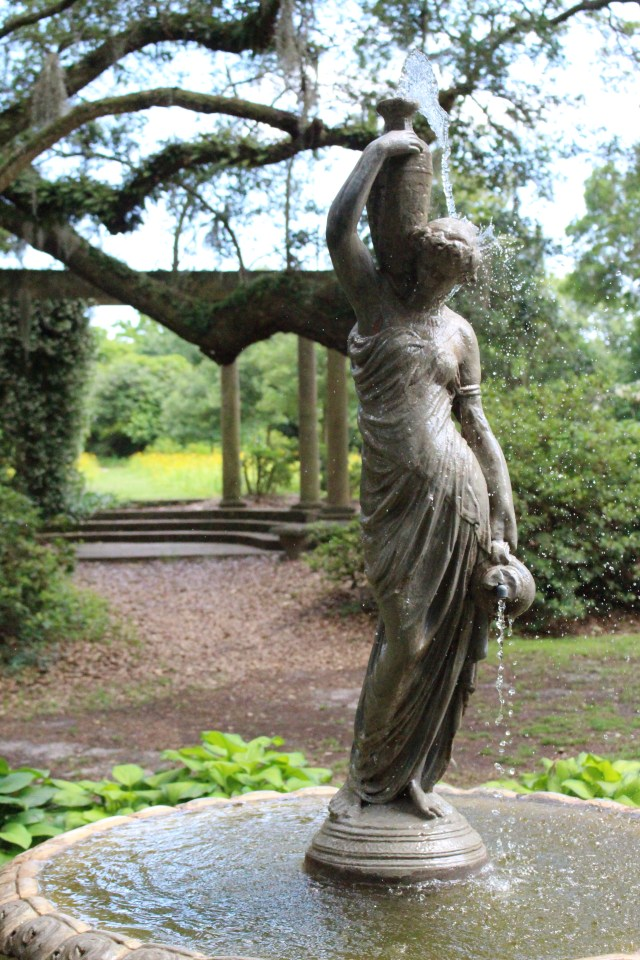 Statuary of Airlie Gardens