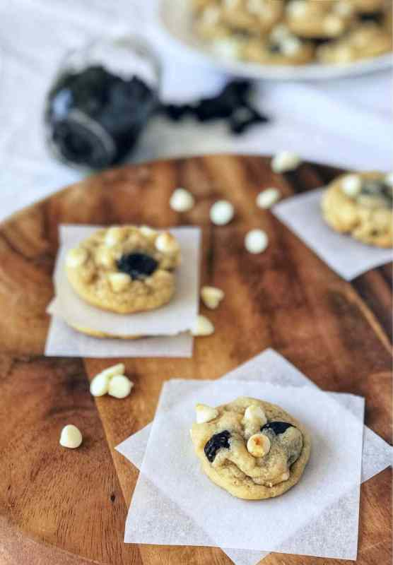 Perfectly soft and thick white chocolate cherry cookies. Perfect for any time of the year and quite a crowd pleaser!