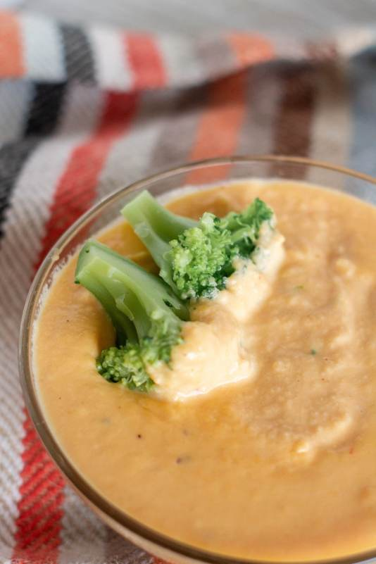 I put this cheese sauce on everything! Smooth and luscious with plenty of spice and delicious cheesy goodness, this recipe only takes about 10 minutes to make.
