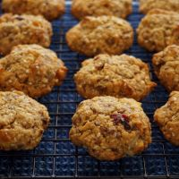 Thick, Chewy Muesli Biscuits
