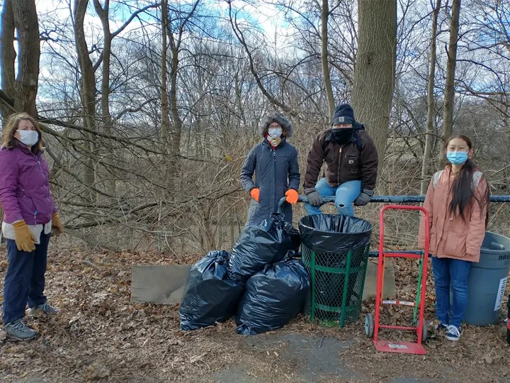 Left to right is Dana, Katie, Kevin, and Luyang.  It was sunny but cold (18° F feel temp). Three bags of litter were collected.