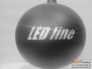 czarne bombki z nadrukiem logo led line