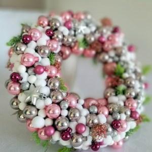 wianek świąteczny różowo-srebrny