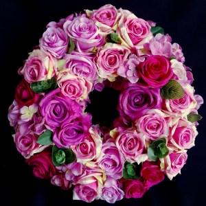 Barwny wianek na wiosnę z róż