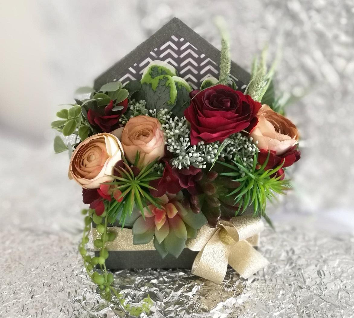Flower box koperta z sukulentami