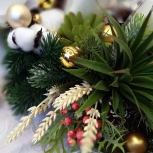 Dekoracja świąteczna z sukulentami nr. 111