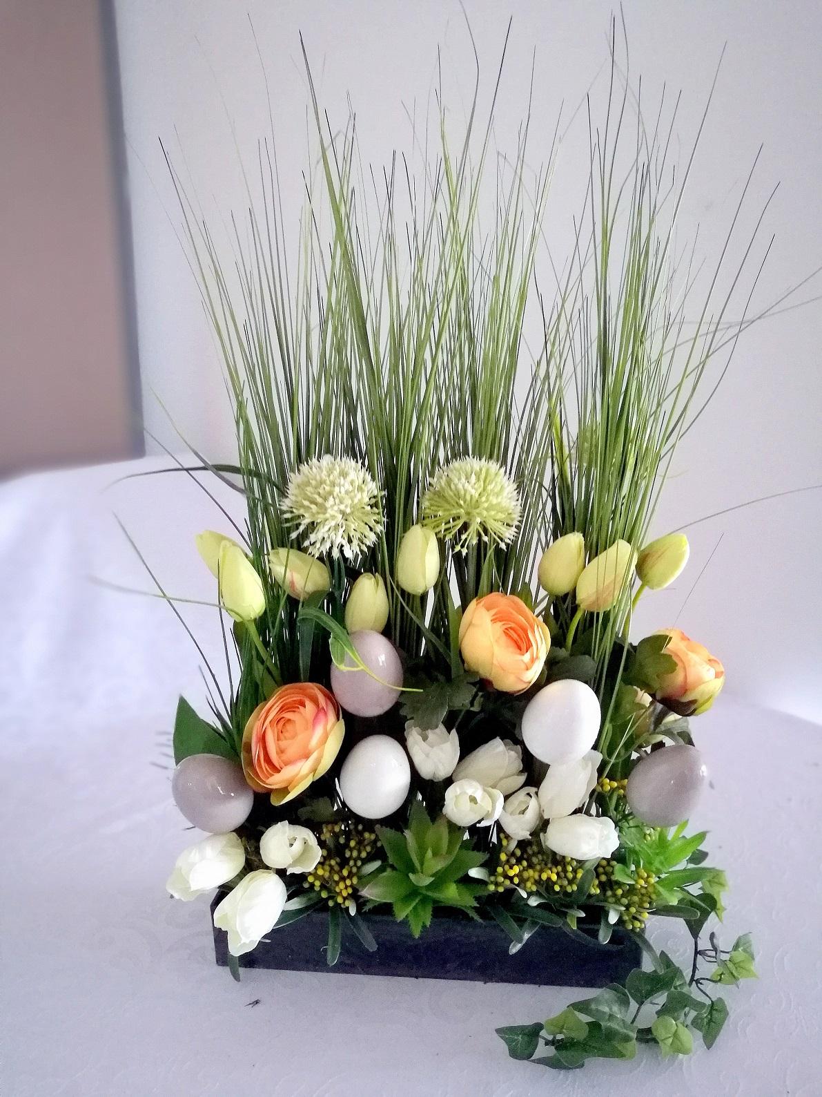 Wielkanocny stroik trawy i tulipany nr. 166