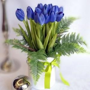 Niebieskie tulipany we flower boxie nr. 177