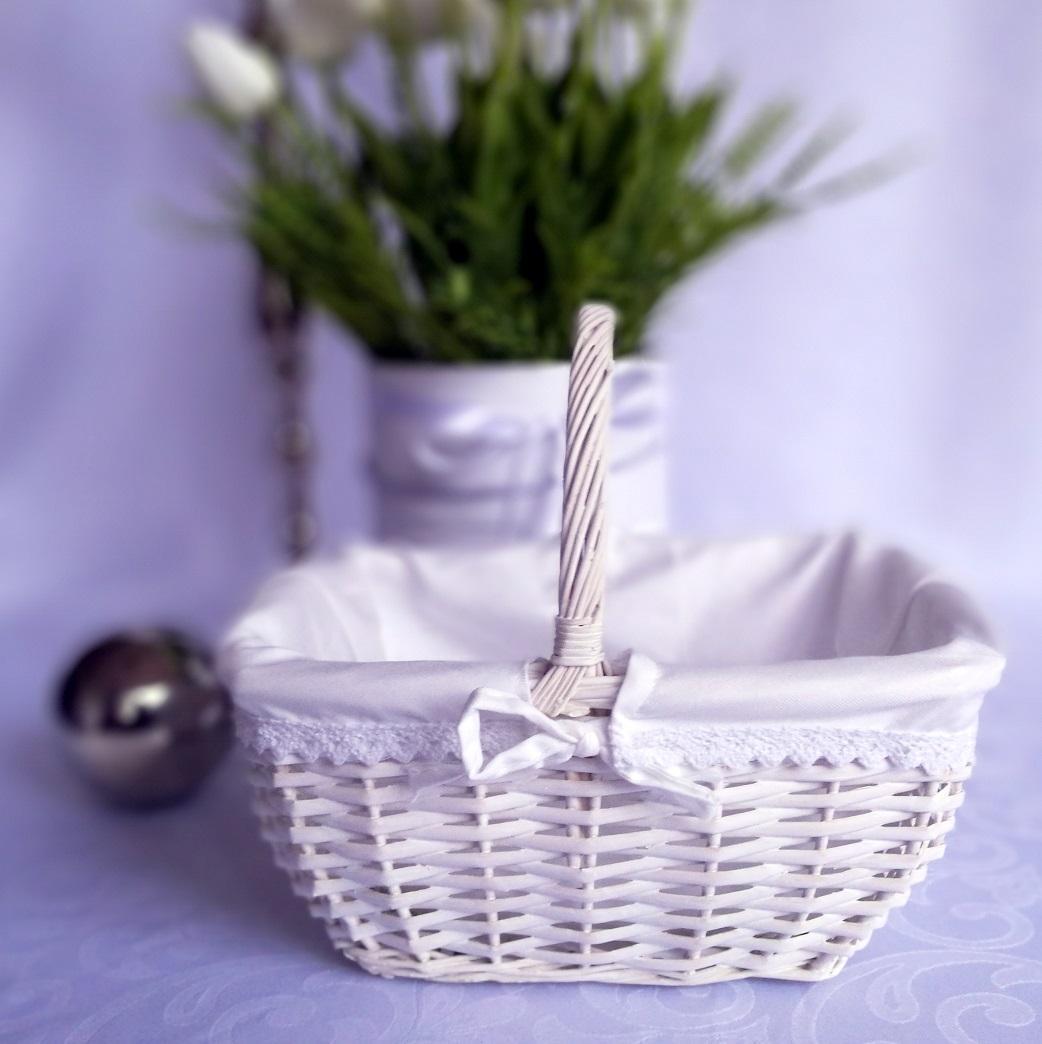 2f47eb2289049d Biały koszyk wielkanocny — Świąteczne Atelier
