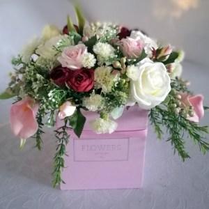 Wiosenne kwiaty w pudełku nr. 193