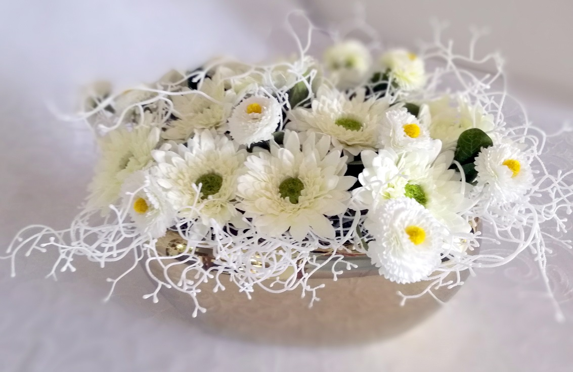 Kompozycja kwiatowa Białe kwiaty nr. 207