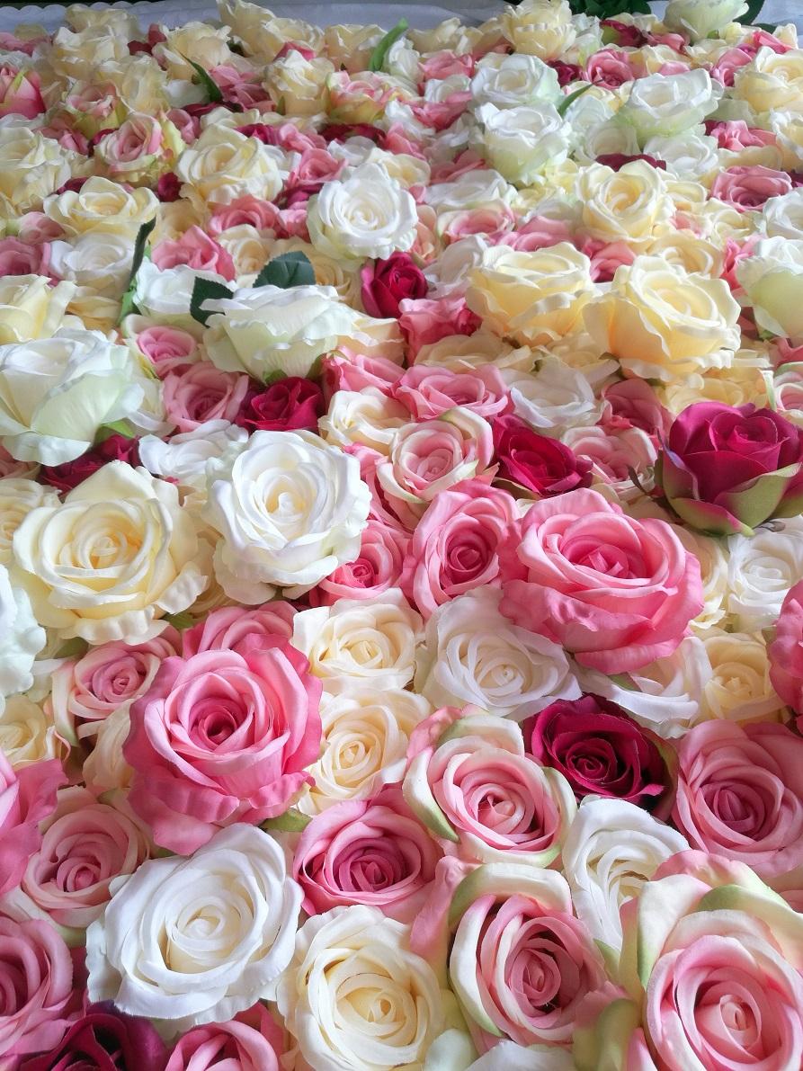 Ściana kwiatowa Subtelność