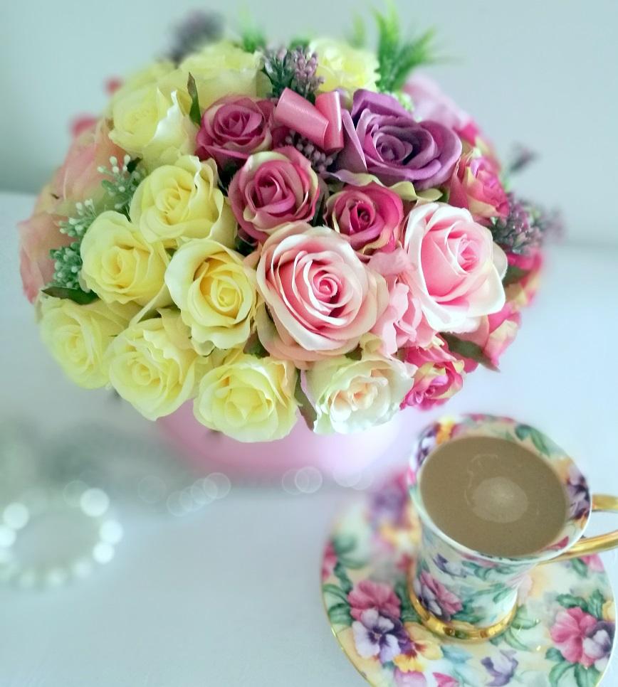 Flower box z różami Słodycz nr 328