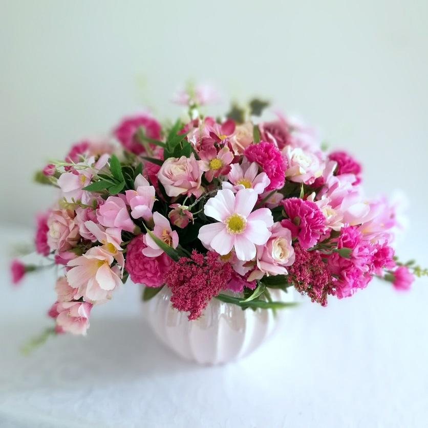 Kompozycja kwiatowa róż i fuksja nr 346