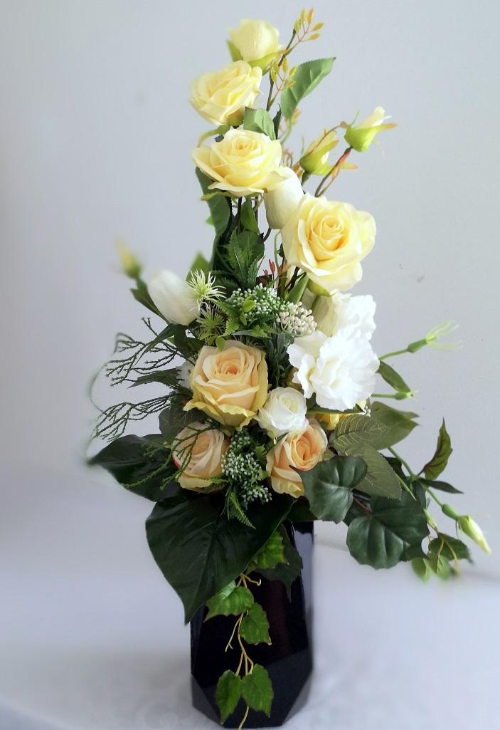 Bukiet nagrobny Kremowe róże nr 330