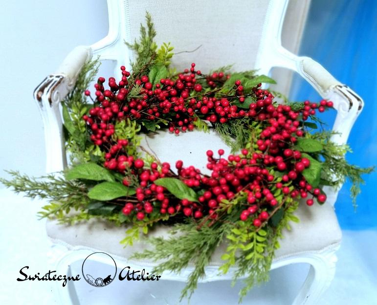 Wianek świąteczny Czerwone owoce nr 141