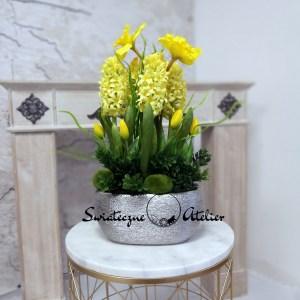 Wiosenna kompozycja kwiatowa hiacynty i tulipany nr 437
