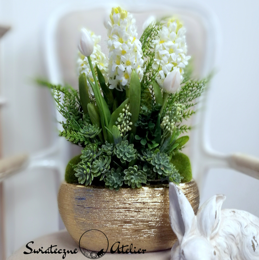 Wiosenna kompozycja kwiatowa Białe hiacynty nr 468
