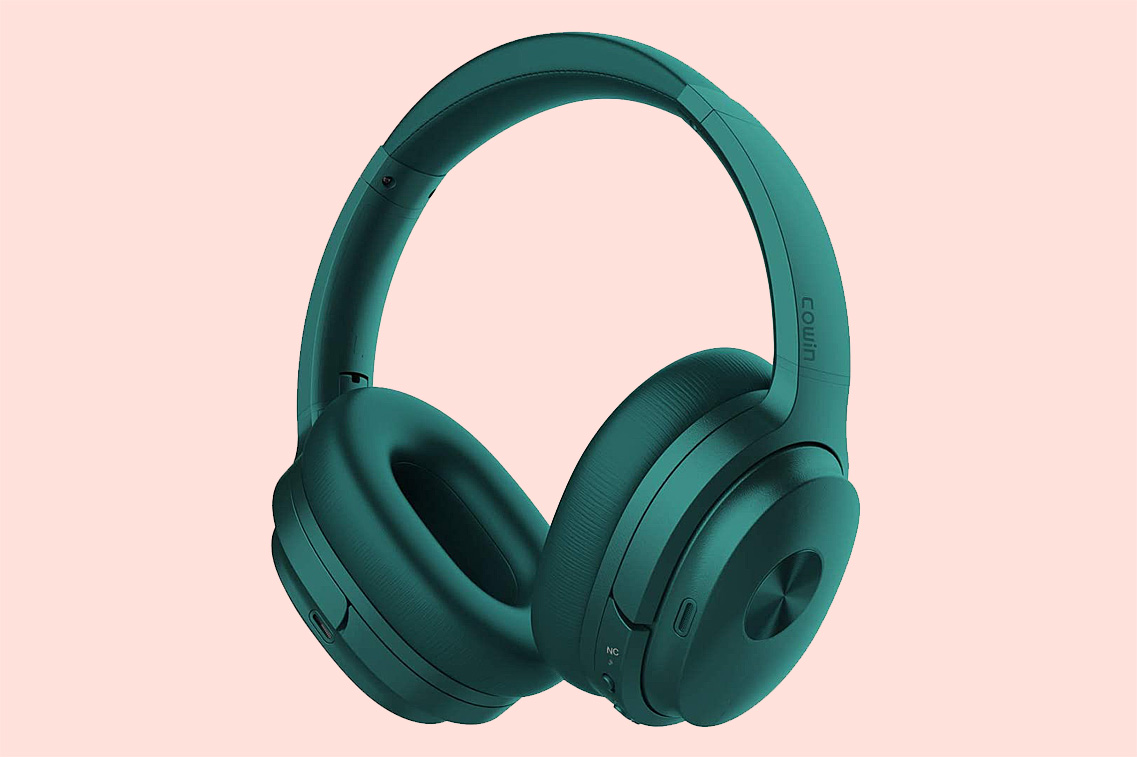 Cowin SE7 Active Noise Cancelling Wireless Over Ear Headphones
