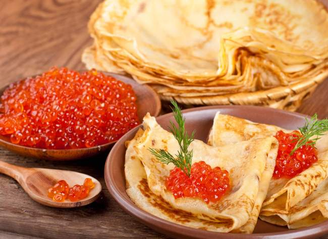 popular russian food dishes blini