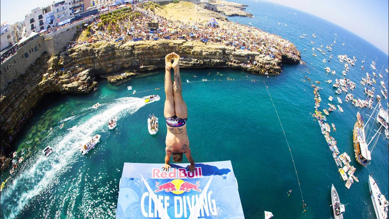 These guys sure know how to dive red bull cliff diving italy 2017 best dives men swimmer 39 s - Red bull high dive ...