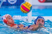 Bente Rogge - Nederland and Valeria Palmieri - Italy Netherlands (white caps) vs. Italy (blue caps) Woman qualification 33rd LEN European Water Polo Championships - Barcelona 2018 Barcelona (ESP) - Piscines Bernat Picornell Photo Marcel ter Bals/Deepbluemedia/Insidefoto