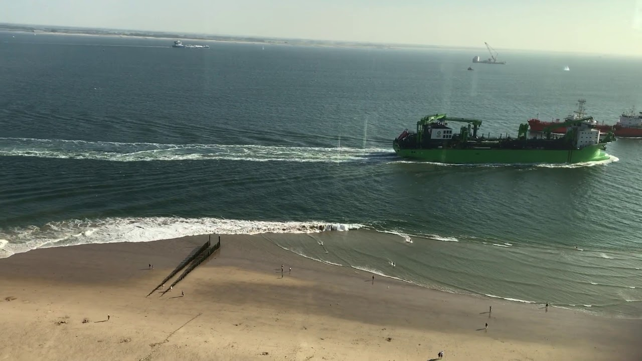 Wake Sends Multiple Beachgoers To The Hospital After Ship