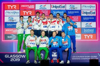 Team Russia Gold Medal Team Hungary Silver Medal Team Belarus Bronze Medal 4x50 medley relay men Final Glasgow 08/12/2019 XX LEN European Short Course Swimming Championships 2019 Tollcross International Swimming Centre Photo Giorgio Scala / Deepbluemedia / Insidefoto