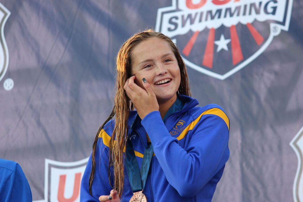 katie-mclaughlin-podium-summer-nationals-2014