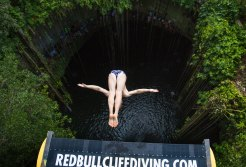 red-bull-cliff-diving-world-series (8)