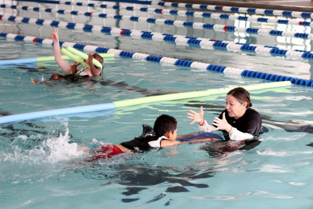 swim.lessons.volunteer.2016