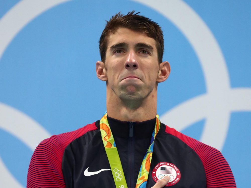 phelps-emotion-crying-gold-medal-podium-rio