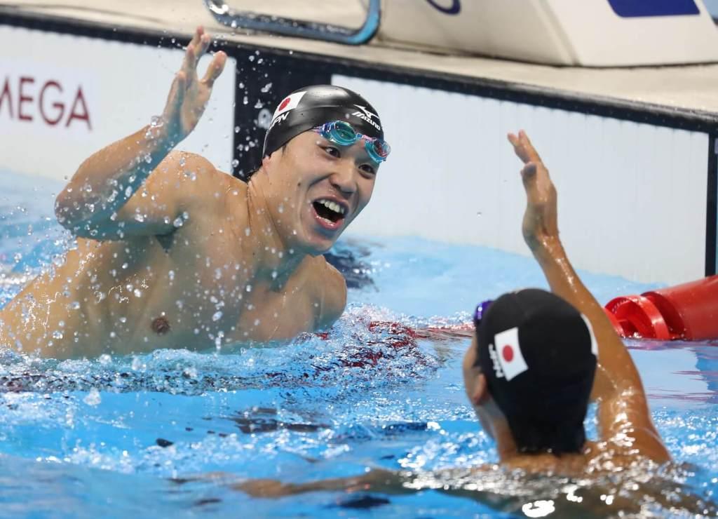 ippei-watanabe-yasuhiro-koseki-celebrate-olympics-rio