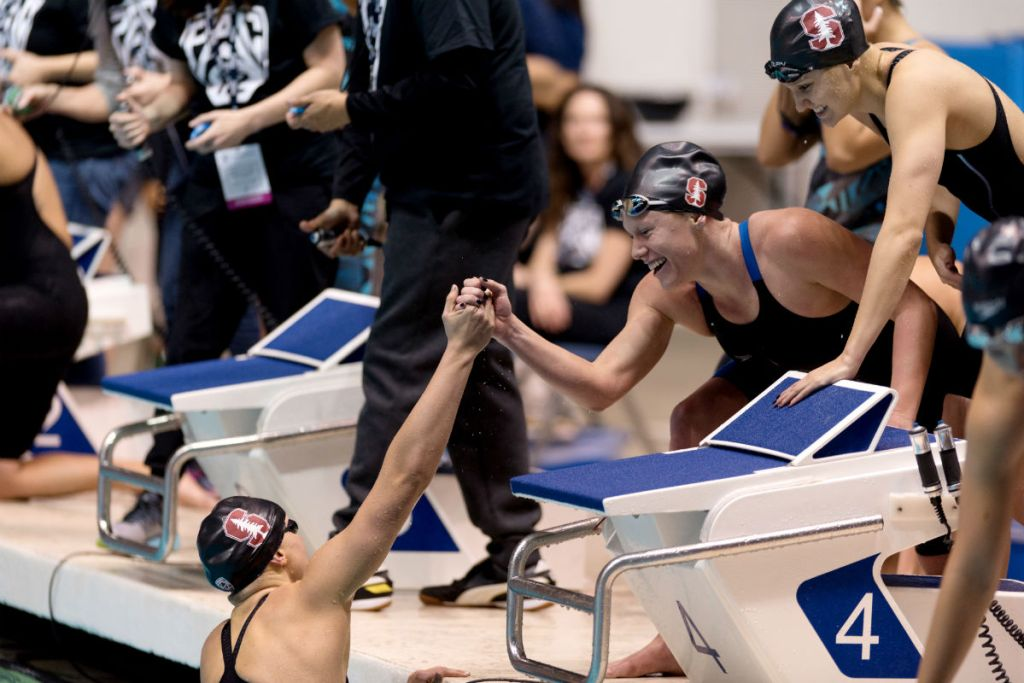 stanford-800-free-relay-pac-12-celebration