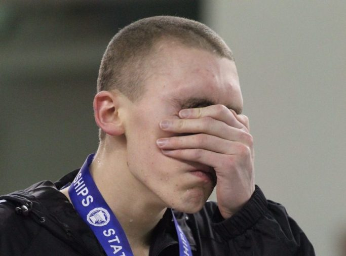 jack-dahlgren-medal-podium-overwhelmed-pride-cry-emotion-minnesota-high-school